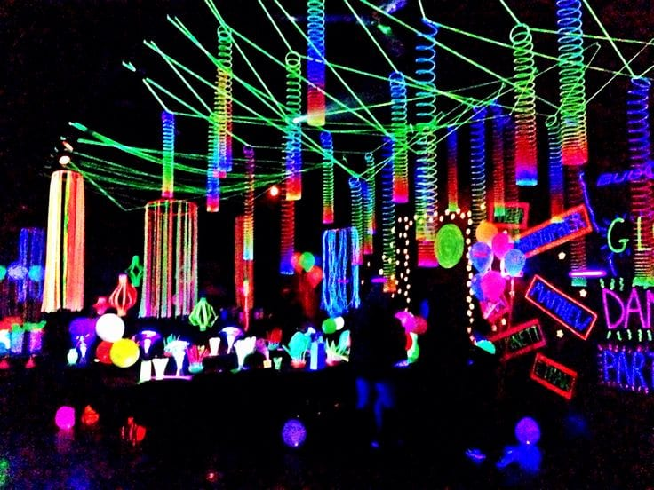 Neon / Glow Themed Party Event Idea – Light Painting ...