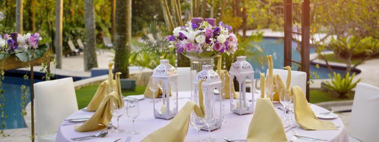 Thistle Johor Bahru Poolside Wedding