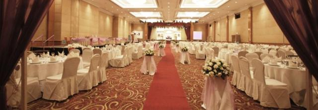 Berjaya Waterfront Hotel Stylish Chinese Wedding